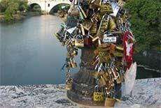 Pont Milvius cadenas amoureux